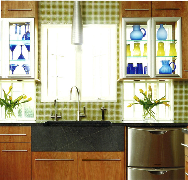 Kitchen Chicago: Colorful Elegance