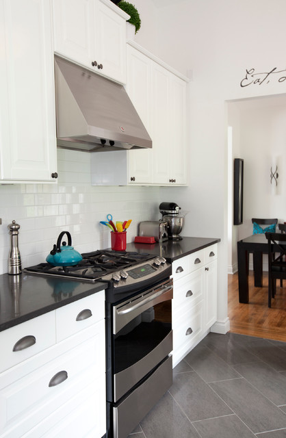 Simply Home Decorating: Colourful Family Kitchen
