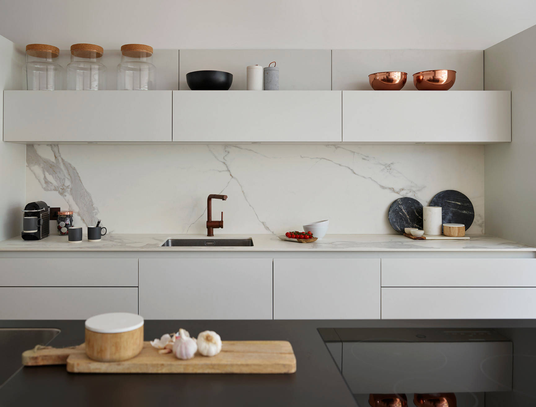 Splashbacks That Look Good With a White Kitchen   Houzz UK