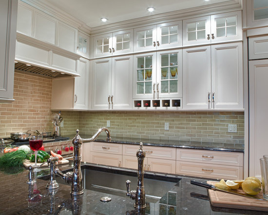 9,212 Kitchen Design Photos with Beige Backsplash, White Cabinets and ...