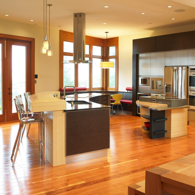 Comox - Kitchen modern kitchen