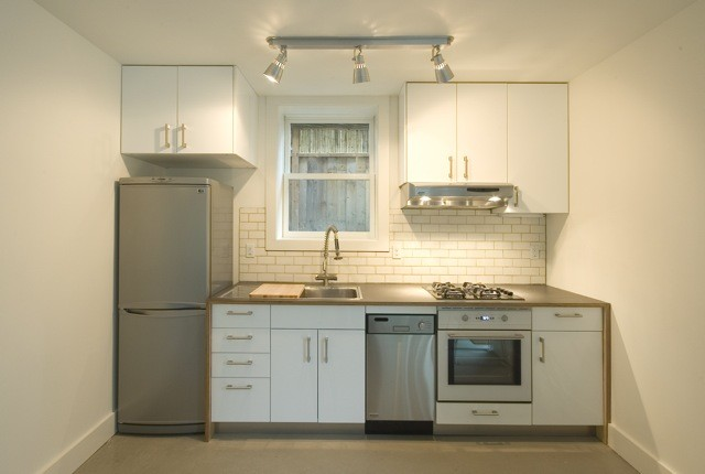 Compact Kitchen Modern Portland By Ivon