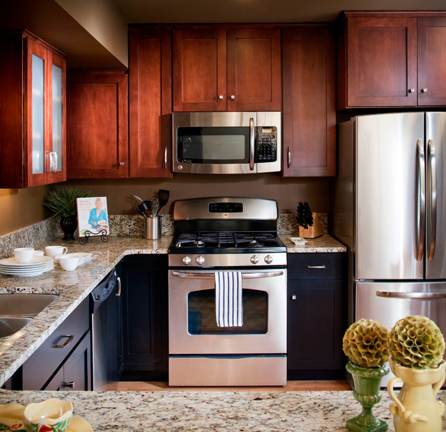 COMPLEMENTARY COMBINATION - Transitional - Kitchen - Omaha ...