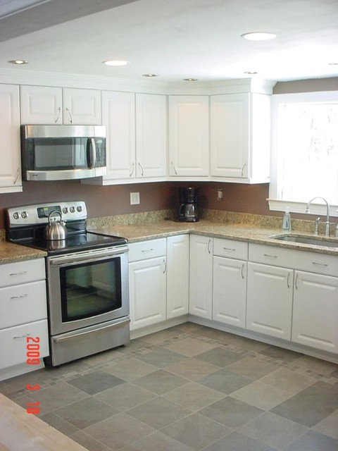 Complete Kitchen Renovation traditional-kitchen