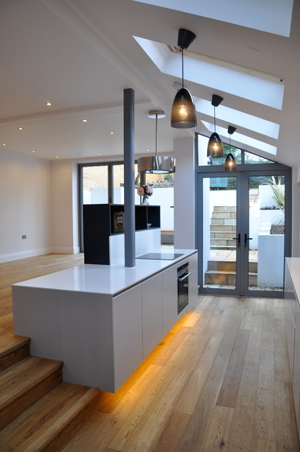 Complete renovation of semi detached house london for Modern kitchen london