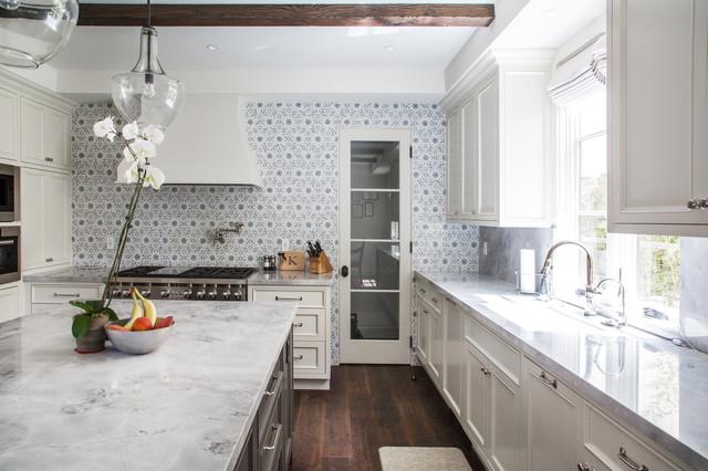 comstock hills total renovation spanish transitional. Black Bedroom Furniture Sets. Home Design Ideas