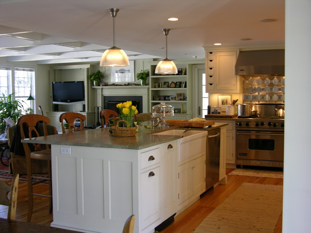 Concord Kitchen Expansion traditional-kitchen