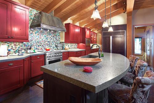 Lake Wenatchee cabin kitchen