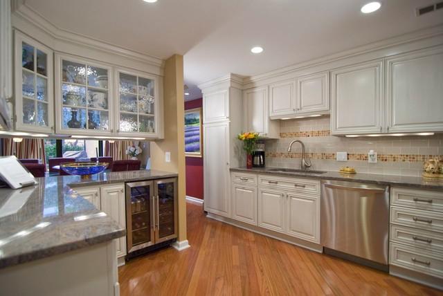 Condo Kitchens kitchen