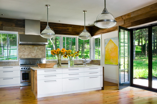 Connecticut Farmhouse Farmhouse Kitchen Bridgeport By Demetriades Walker