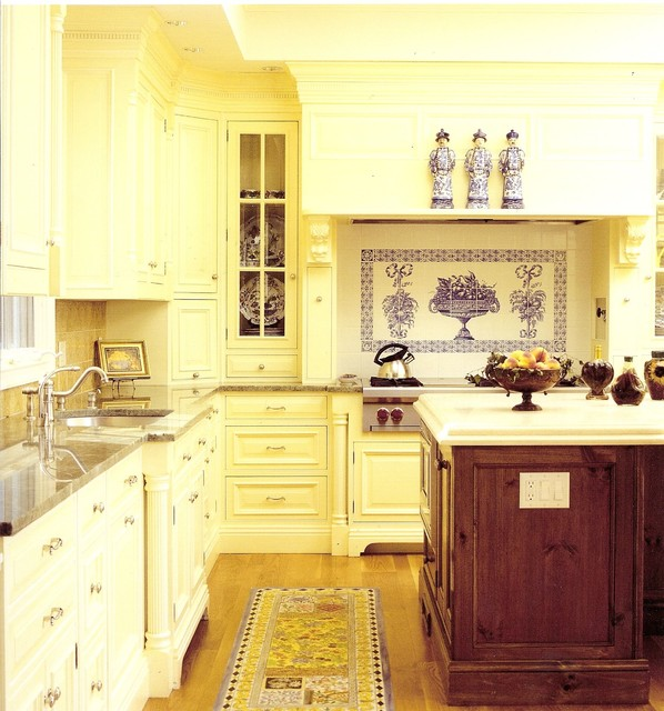 Connecticut Kitchens traditional-kitchen