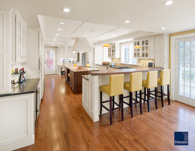 CONNECTING SPACES traditional-kitchen