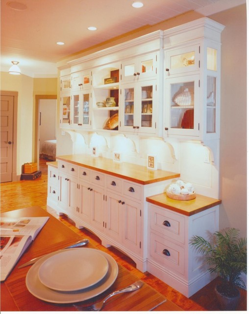 Contemporary Arts And Crafts Kitchen Traditional Kitchen Other Metro By The Sky Is The