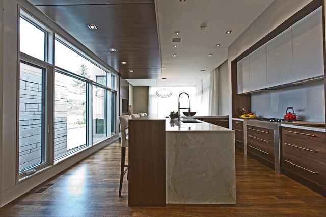 Britannia 2013 Contemporary Kitchen Calgary By Dejong Design Associates Ltd