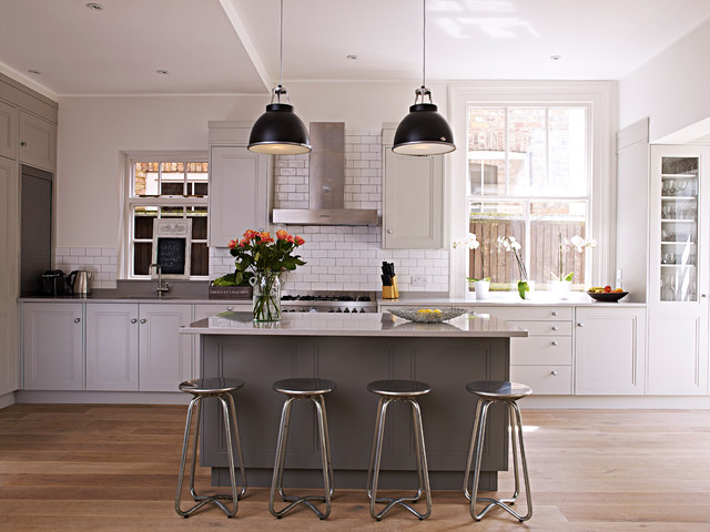 Clapham Shaker Kitchen: Contemporary Clapham Kitchen