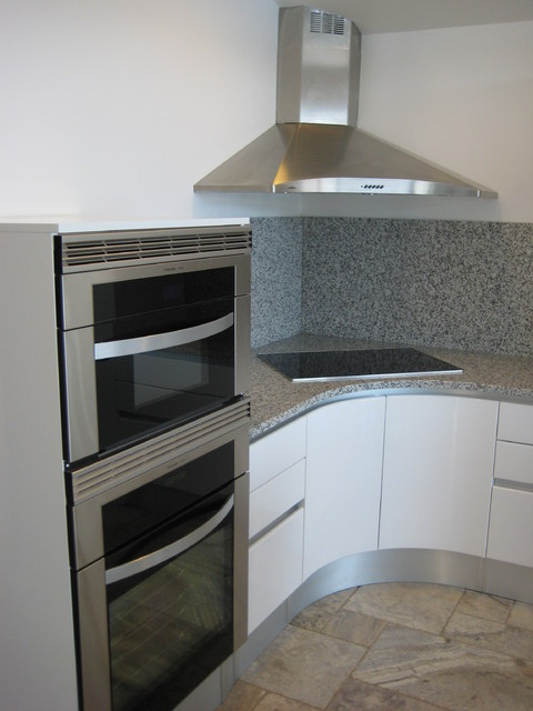 CONTEMPORARY CORNER WALL HOOD - modern - kitchen - san diego - by ...