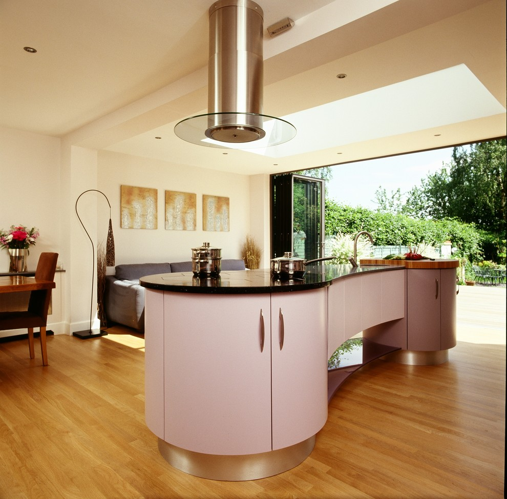 Contemporary Curved Art Deco Kitchen