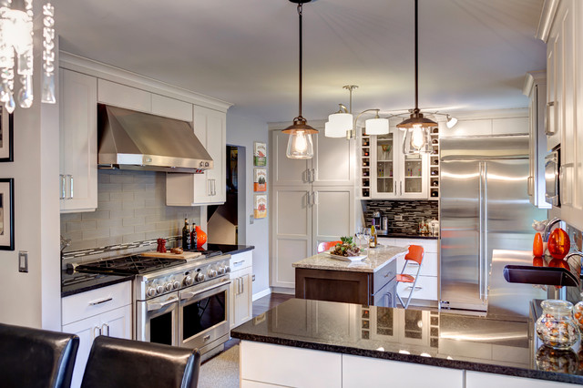 Contemporary Design Meets Eclectic Taste Eclectic Kitchen Chicago By Designers Point