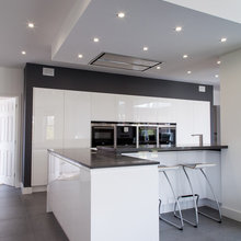 Contemporary High Gloss Kitchen