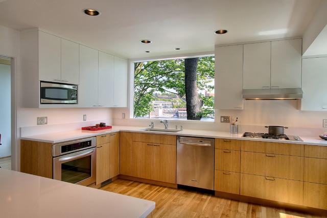 Contemporary house - kitchen modern-kitchen