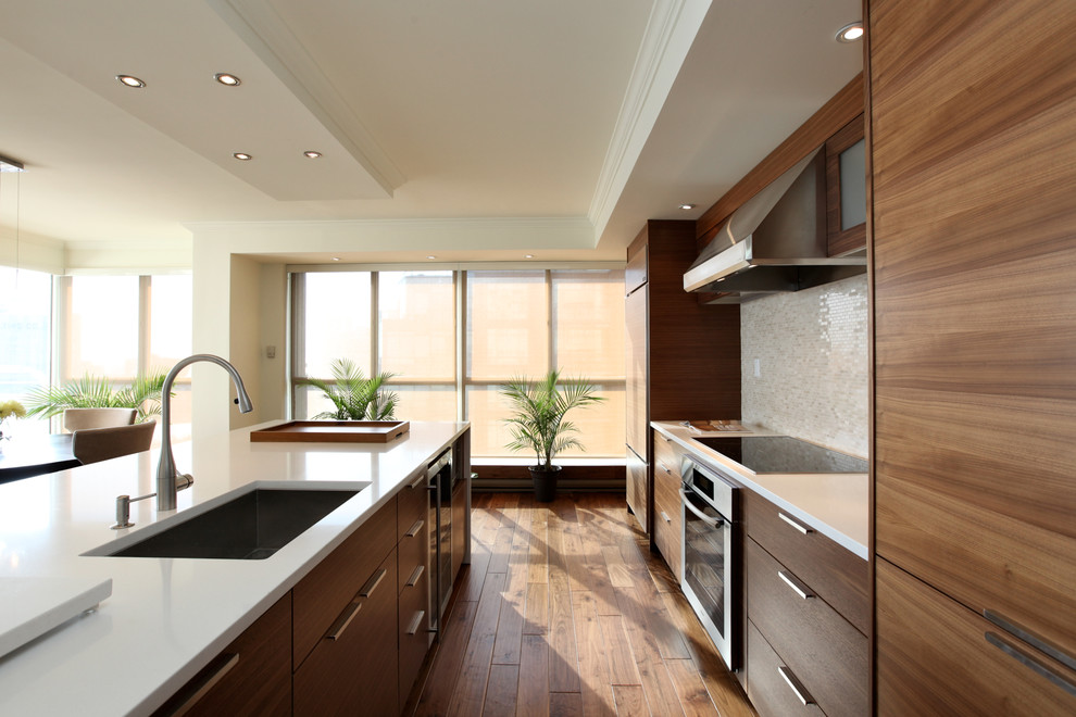 Inspiration for a contemporary kitchen remodel in Toronto with stainless steel appliances