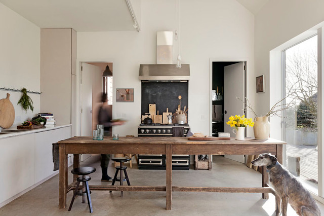 10 Reasons To Consider A Kitchen Table Instead Of An Island Houzz Uk