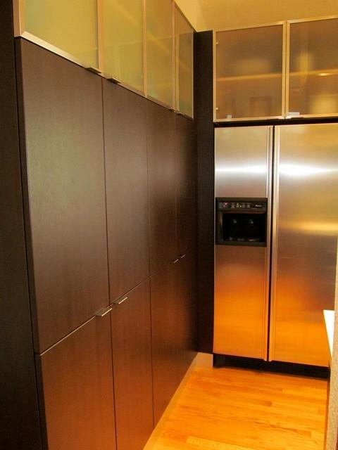 Contemporary Kitchen by  Gilmans Kitchens + Baths contemporary-kitchen