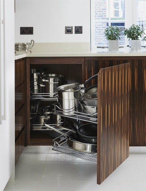 Chelsea kitchen Contemporary London by McCarron & Co