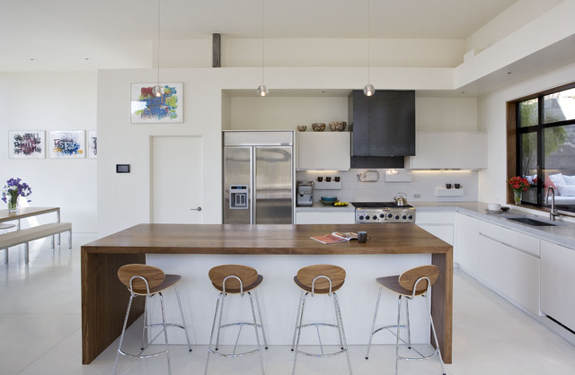 Margarido House contemporary kitchen