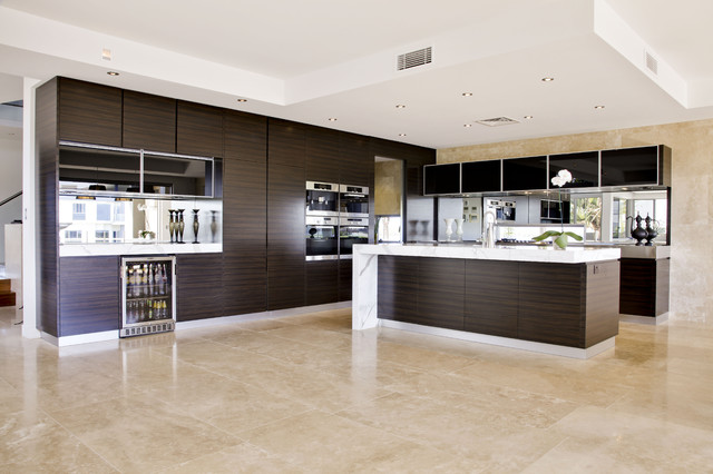 Contemporary kitchen design soverign island gold coast for Kitchen cabinets gold coast