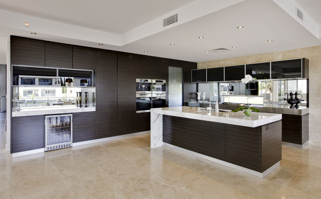 Contemporary kitchen design soverign island gold coast for Bathroom planner australia