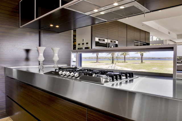 Contemporary kitchen design soverign island gold coast for Australian kitchen design ideas