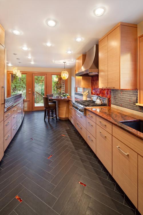 Contemporary Kitchen by Portland Architects & Building Designers Guggenheim Architecture + Design Studio