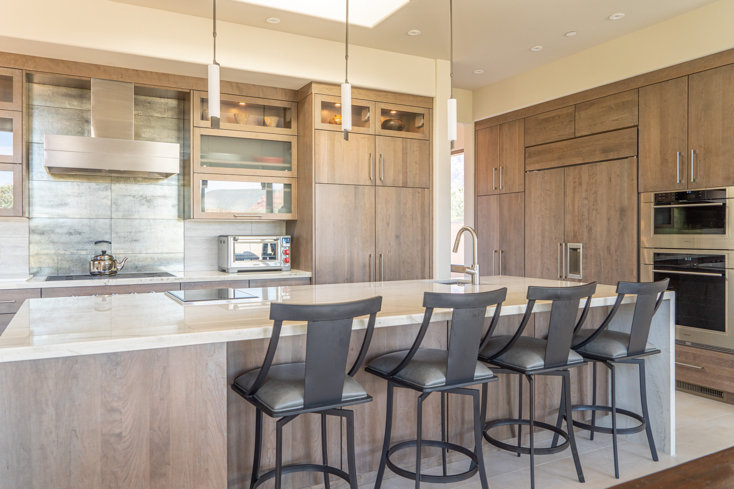 9 Beautiful Kitchen with Light Wood Cabinets Pictures & Ideas ...