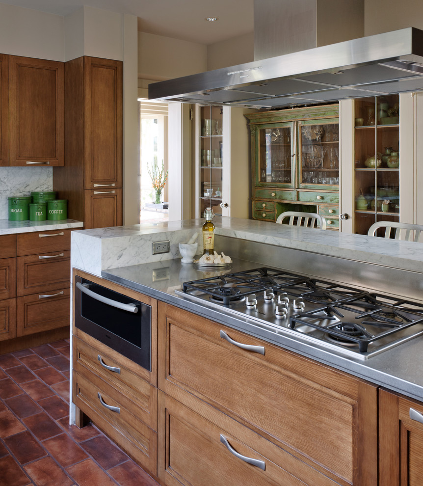 Pro Outfitting Tips from Restaurant Kitchens