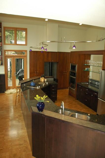 Contemporary Kitchen in Poulsbo, WA Lemolo Area ...