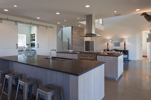 Pedernales Ranch House - Contemporary - Kitchen - austin - by Jay Corder, Architect