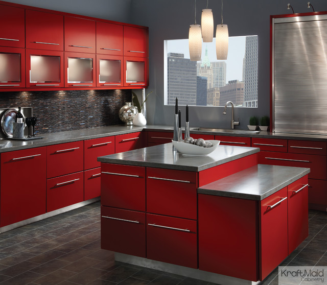 Kraftmaid maple cabinetry in cardinal contemporary for Kraftmaid kitchen cabinets