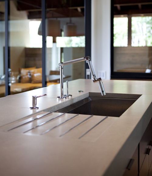 Integrated Kitchen Sink : Who makes this sink with integrated drainboard? Love it! Great idea ...