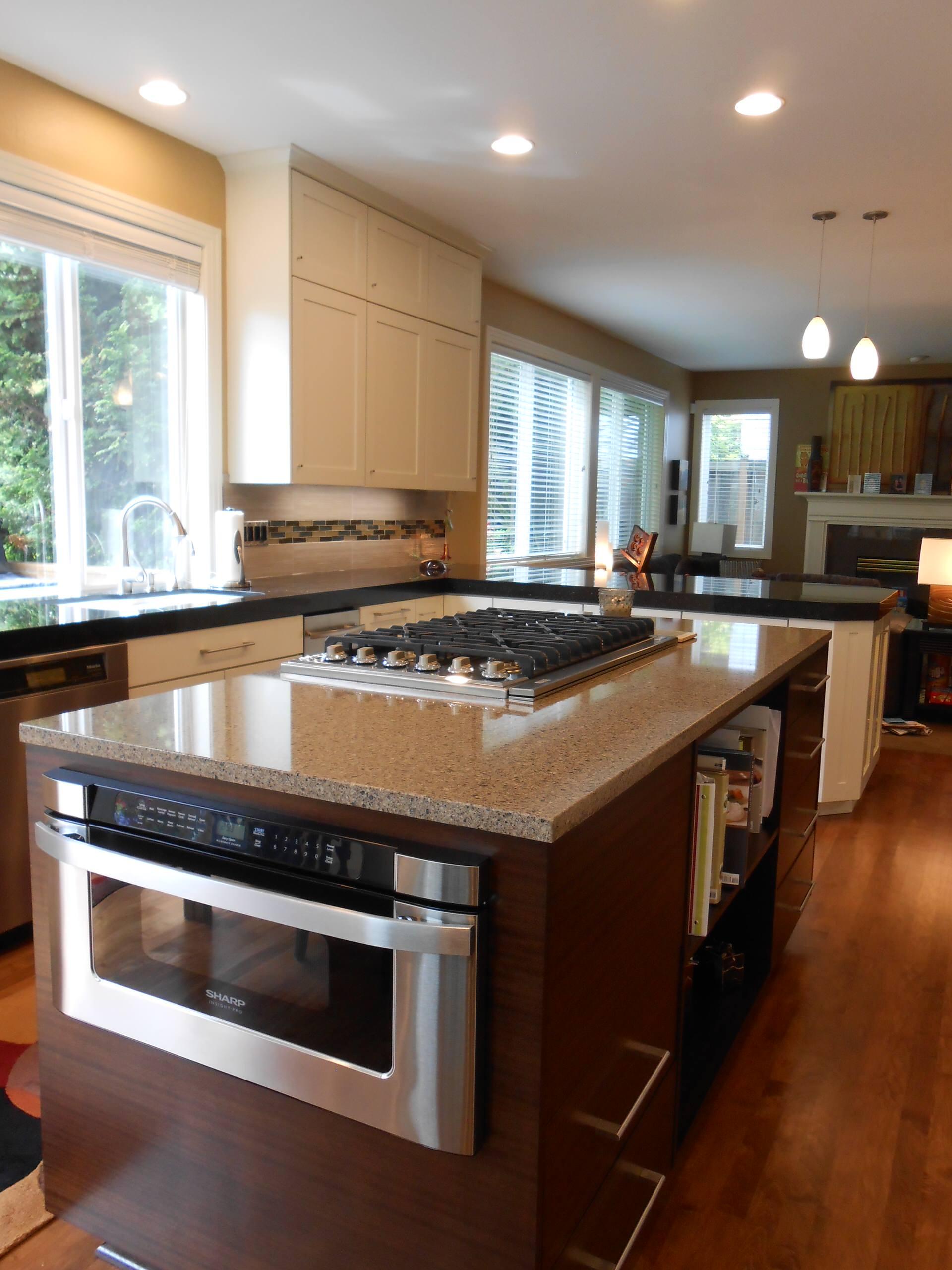 Contemporary Kitchen White Cabinets