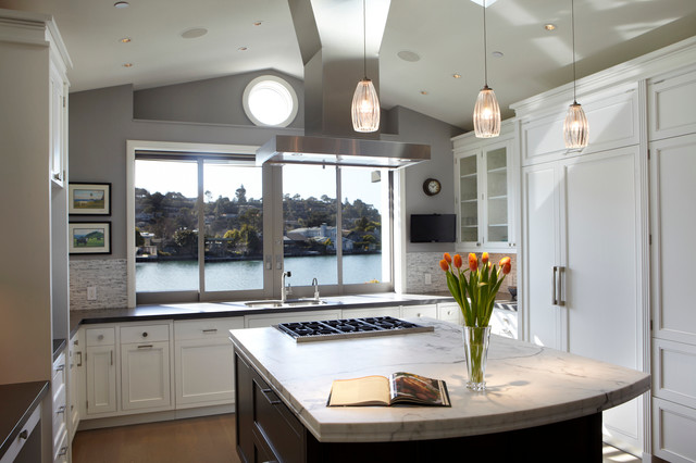 Contemporary Lagoon Abode traditional-kitchen