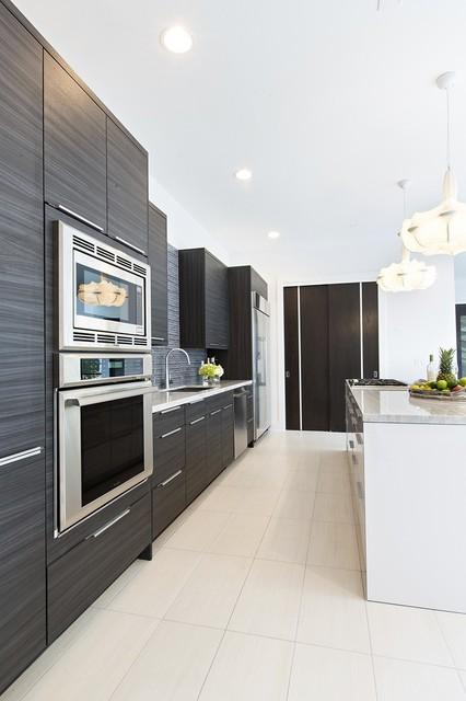 Kitchen Designers Houston: Contemporary Laminate