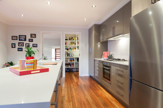 Kitchen Sinks Canberra : Contemporary New Home - Modern - Kitchen - canberra - queanbeyan - by ...