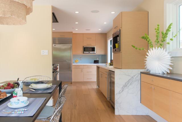 Contemporary Rift Cut White Oak Kitchen Cabinets ...