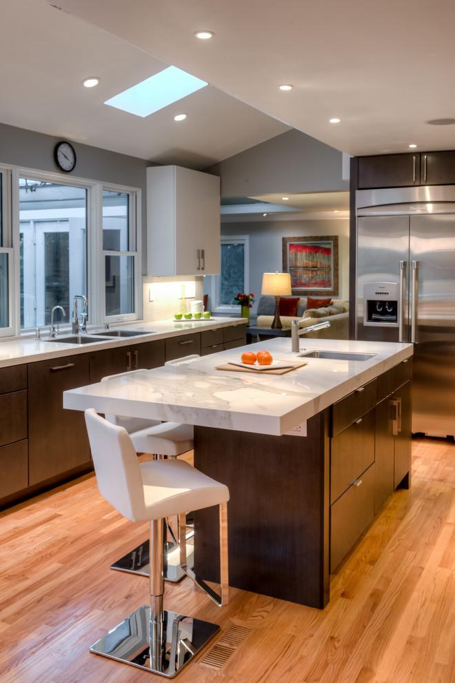 Contemporary San Rafael Kitchen - Designed by Joyce van den Dungen Bille