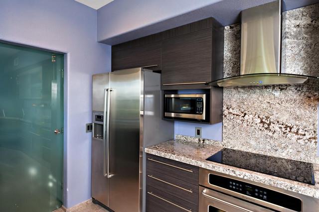 Contemporary Small Kitchen Design Contemporary Kitchen San Diego By Bkt Loft Italian Kitchen Cabinets In San Diego Houzz Au