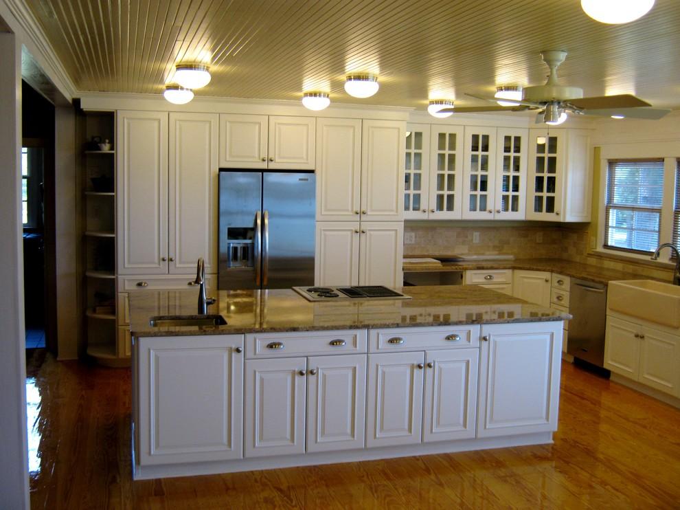 Contemporary Ultracraft White Kitchen