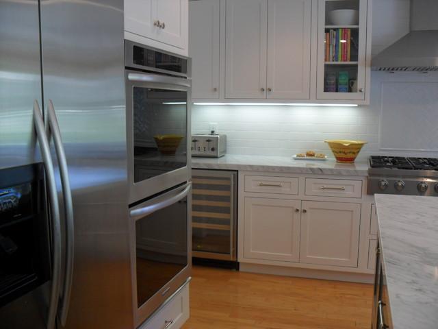 Contemporary White Shaker - Granite Bay contemporary-kitchen