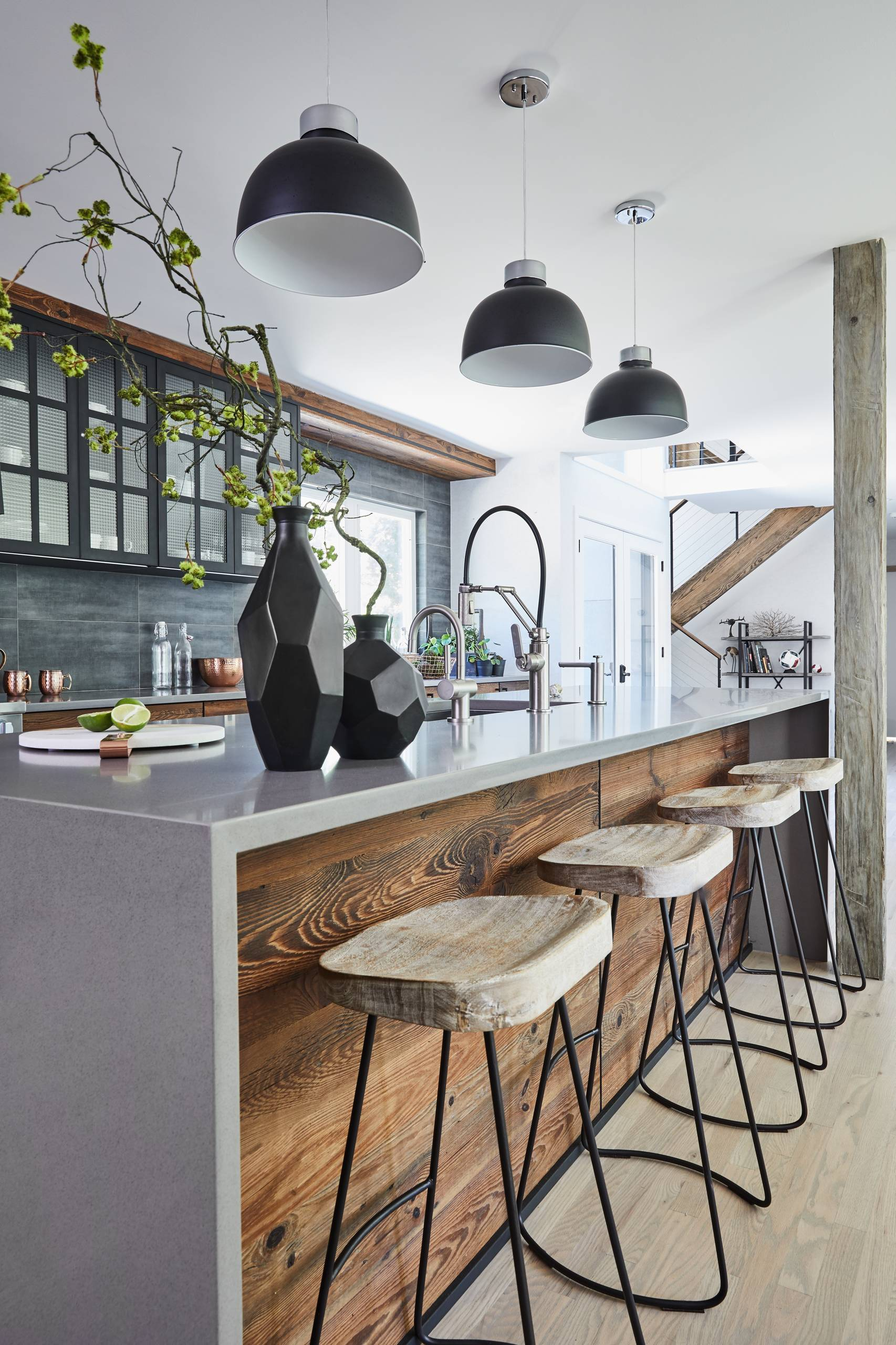 75 Beautiful Mid Sized Modern Kitchen Pictures Ideas April 2021 Houzz