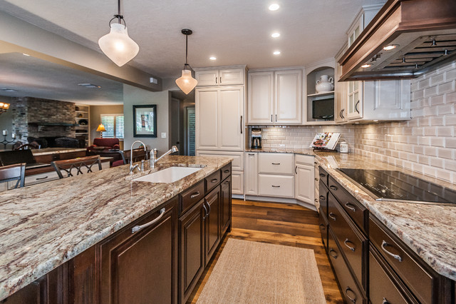 Contrasting Open Plan Kitchen - Traditional - Kitchen - tampa - by ...